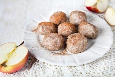 Bolinho de maçã com farinha integral