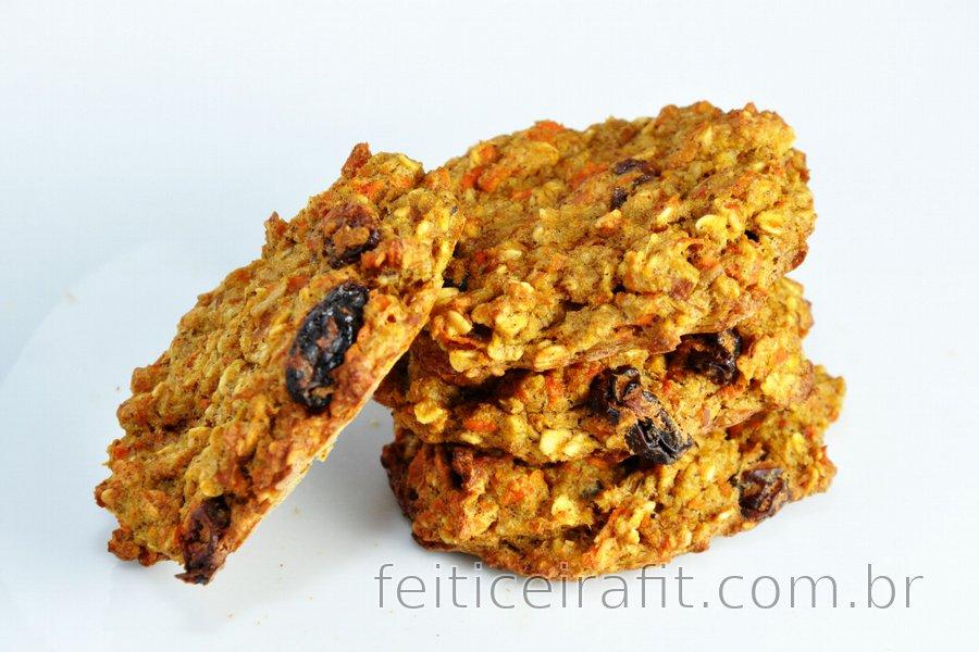 Cookies ou pão fit de cenoura e maçã sem glúten, açúcar ou gordura