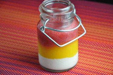 Panna cotta de morango e manga (sem glúten)