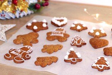 Biscoitos de gengibre proteicos sem glúten