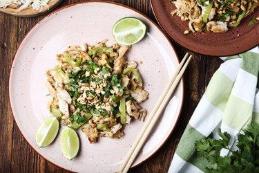 Pad thai de frango fácil