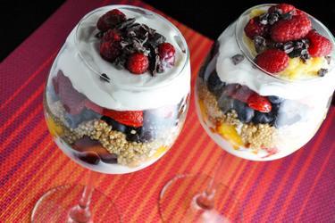 Parfaits de quinoa saudáveis