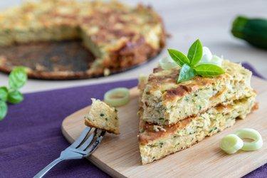Torta salgada fit com abobrinha e queijo cottage