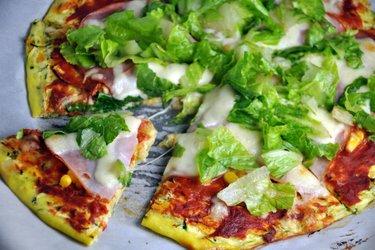 Massa de pizza saudável de abobrinha